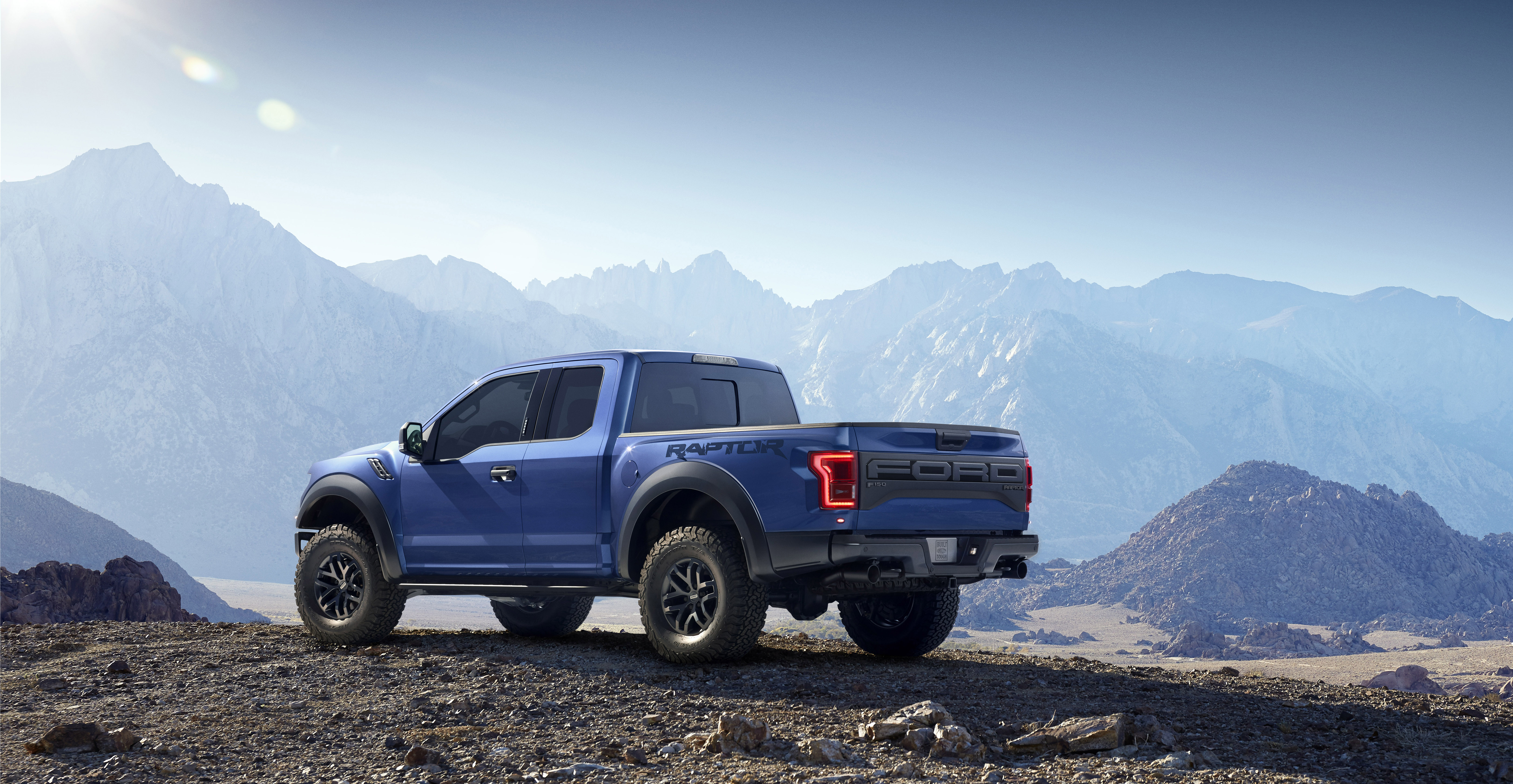 all new ford f 150 raptor introduced at detroit auto show